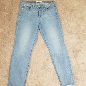 Gap Women's  jeans skinny ankle, size 31R.